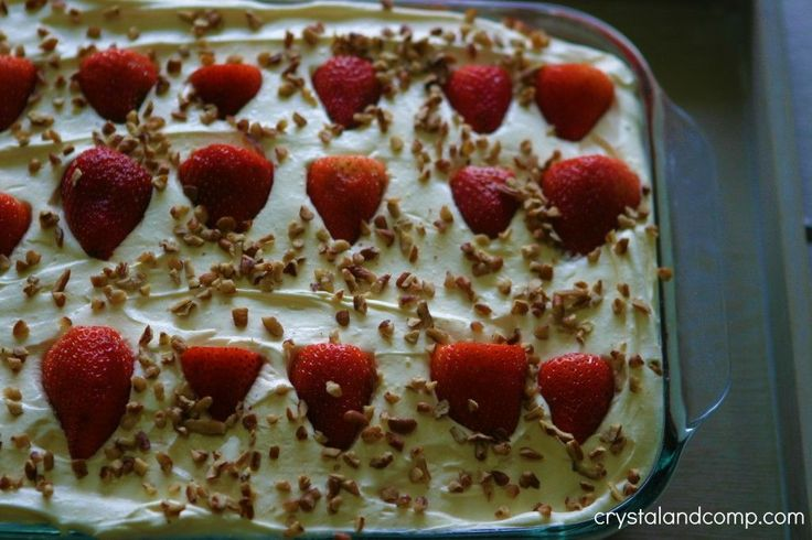 strawberry refrigerator cake for a crowd