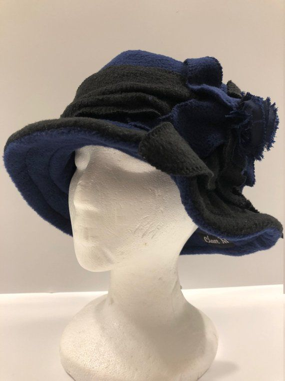 6816a4e4d3f Cloche Hat Vintage Hat Flapper Hat Stylish 20s 30s era Blue   Black Fleece  hat with Brim and navy shabby flower and leaf leaf accent. by ClaremUS