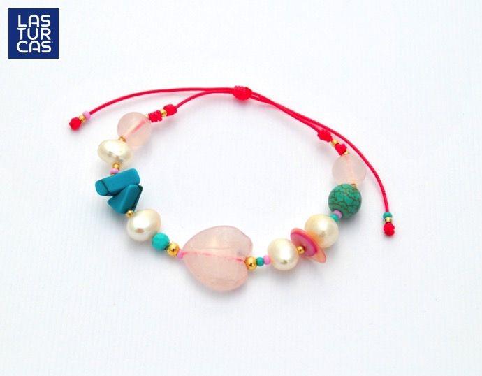 Corazón en cuarzo con turquesas, perlas sobre hilo elasticado #Pulseras #Accesorios #Lturcas