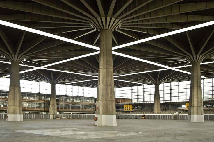 Pier Luigi Nervi, tommaso buzzi · Palazzo del Lavoro