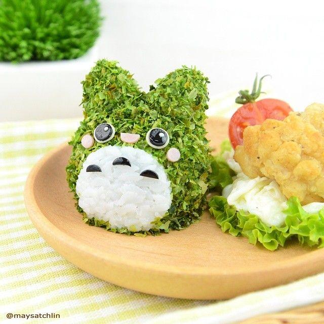 Totoro rice ball
