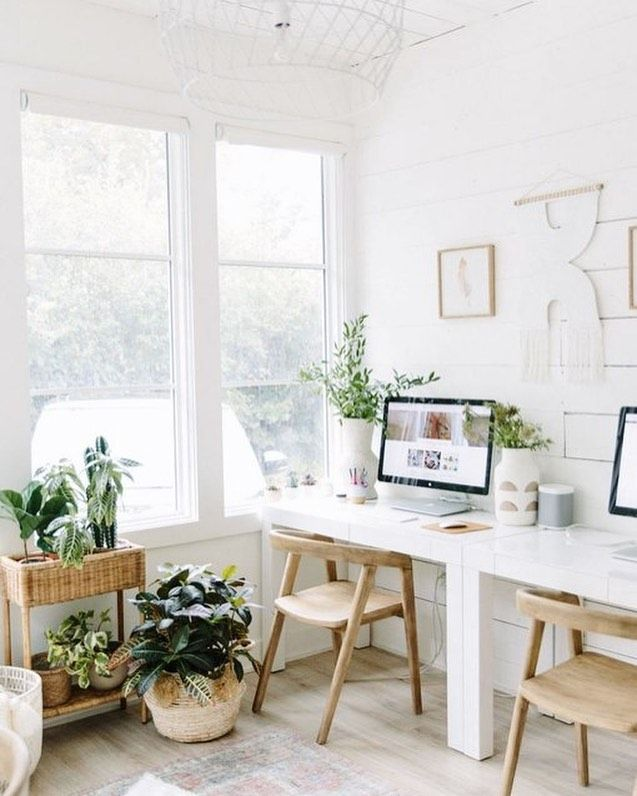 Bright White Home Office With Plants In 2020 Office Room Decor