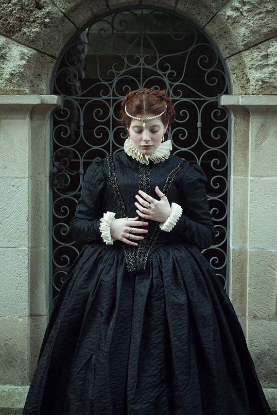 16. Jahrhundert Renaissance Silk Kleid von TheSeamstressofRohan