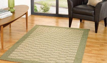 tappeto verde stile nordico