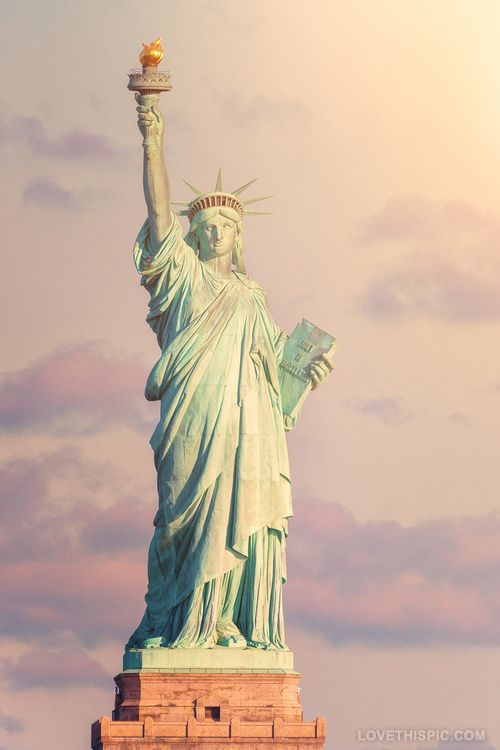 short essay on statue of liberty