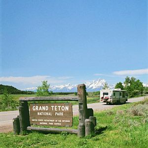Park-hop in an RV: Grand Teton & Yellowstone Parks, Wyoming http://www.familycircle.com/family-fun/travel/adventure-travel/#