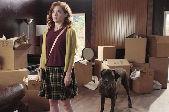 Jane Levy, Suburgatory We talk to Jane Levy about the Suburgatory Season 3 Return Tonight with Tessa and George Starting Over Plus #LiveChat with Cast  http://www.redcarpetreporttv.com/2014/01/15/we-talk-to-jane-levy-about-the-suburgatory-season-3-return-tonight-with-tessa-and-george-starting-over-plus-livechat-with-cast/