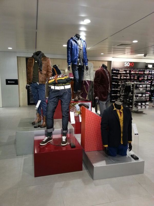 7 best window display images on pinterest store windows for Visual merchandiser interview questions