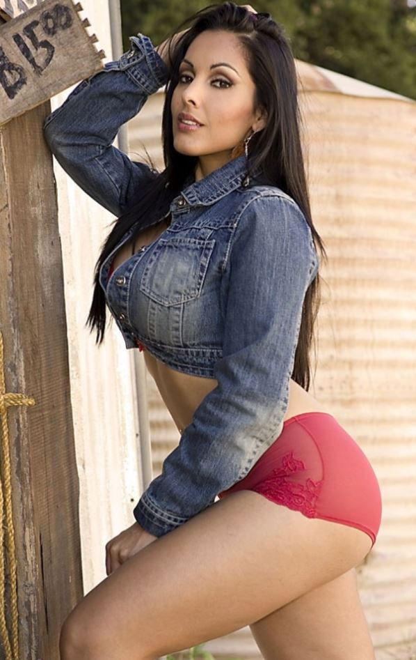 sexy-toppless-mexican-girls