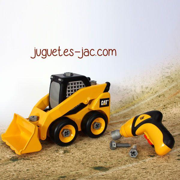 Tractor con volquete articulado y atornillador de dos direcciones para desmontarlo completamente.