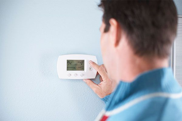 Is there a perfect temperature to set your thermostat? | Check out this effortless way to cut costs on your energy bill! #HomeMattersBlog
