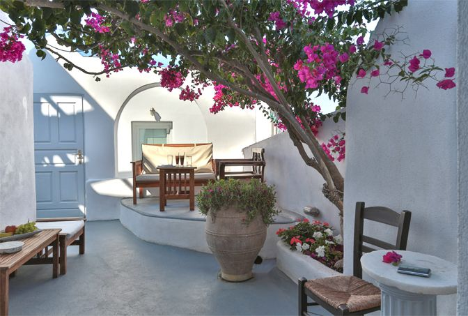 Modern Vacation Rentals Greece | boutique-homes.com
