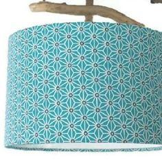 Abat-jour cylindre motif japonais bleu étoiles géométriques rond 28cm