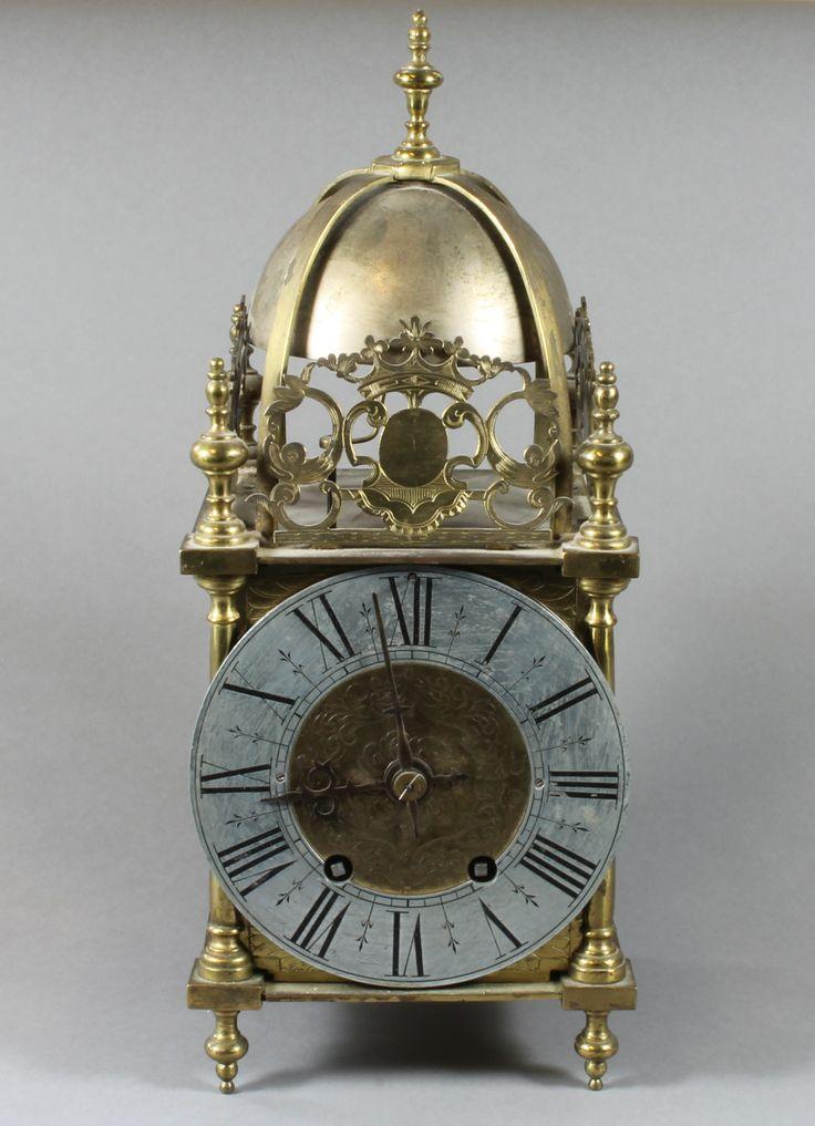 A Victorian brass cased striking lantern clock, est £50-100