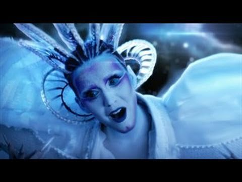Katy Perry - E.T. Don't really like Katy Perry but I thought this particular song and video were pretty.