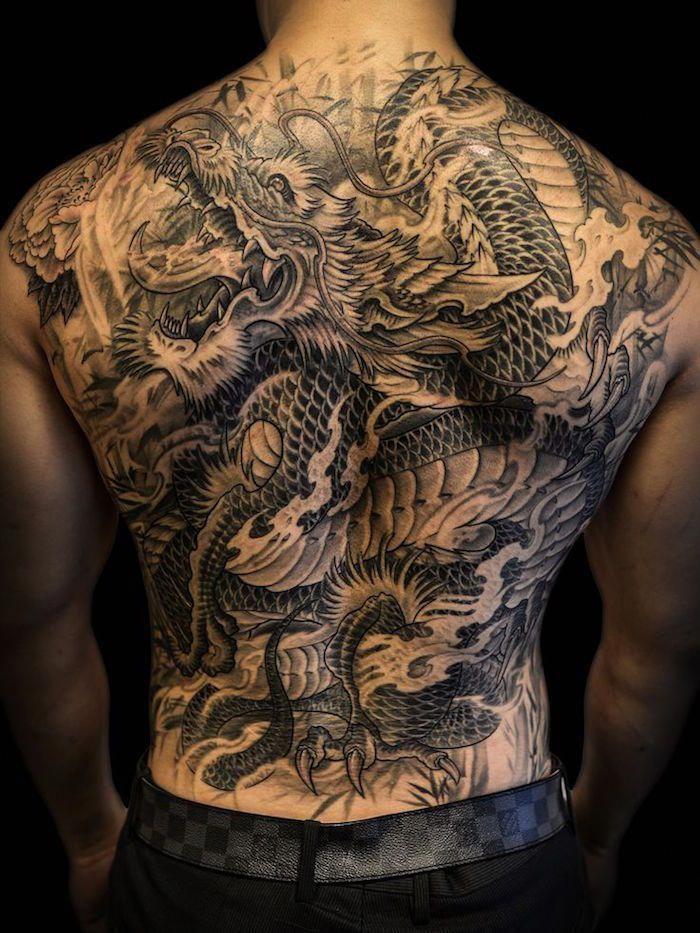 tatouage dos homme – sous le signe du verso #lowerbacktattoos