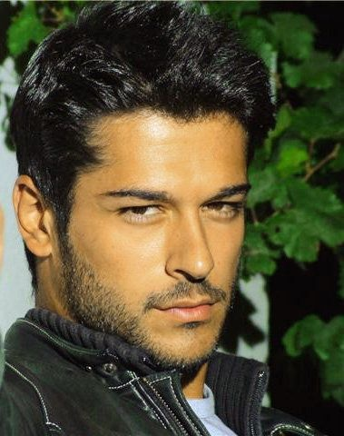 actor Burak Ozcivit Ayrildik as Asim