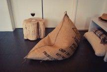 Stoere zitzak gemaakt van jute koffiebonen zakken   leuk kado voor een man   stoere woonaccessoires   meer inspiratie vind je op www.ZOOK.nl/kado/kado-voor-hem