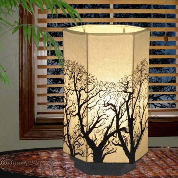 Tree silhouette lamp