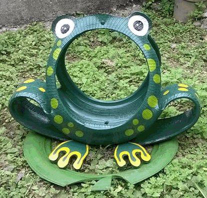 Resultado de imagem para pavo real en reciclaje