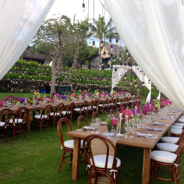 99 best tablescapes images on pinterest tropical weddings bentwood chair garden ceremony ideas lush hedge foliage wall tropical wedding ideas teak tablebentwood chairsbali junglespirit Gallery