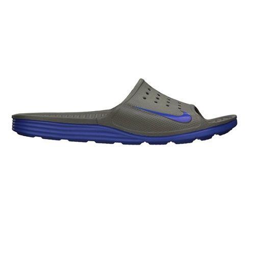 Sendal Nike Solarsoft Slide 386163-240  merupakan sandal yang sangat nyaman ketika dipakai dengan bantalan yang lebut dan ventilasi udara yang baik. Diskon 10% untuk sendal ini dari Rp 329.000 menjadi Rp 299.000.