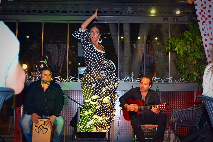 cafe Marbella , flamenco show