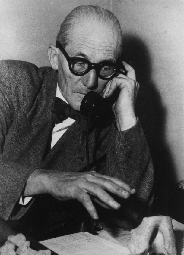 Пост почитания Ле Корбюзье