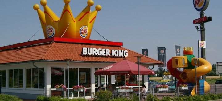 Did you know, Americans eat approximately 14 billion burgers each year? For a free Burger King coupon, complete their customer survey #OnlineStoreSurveys #BurgerKing #surveys #win #savemoney #free #coupon #discount #voucher #freefood #interesting #facts #didyouknow #burgers