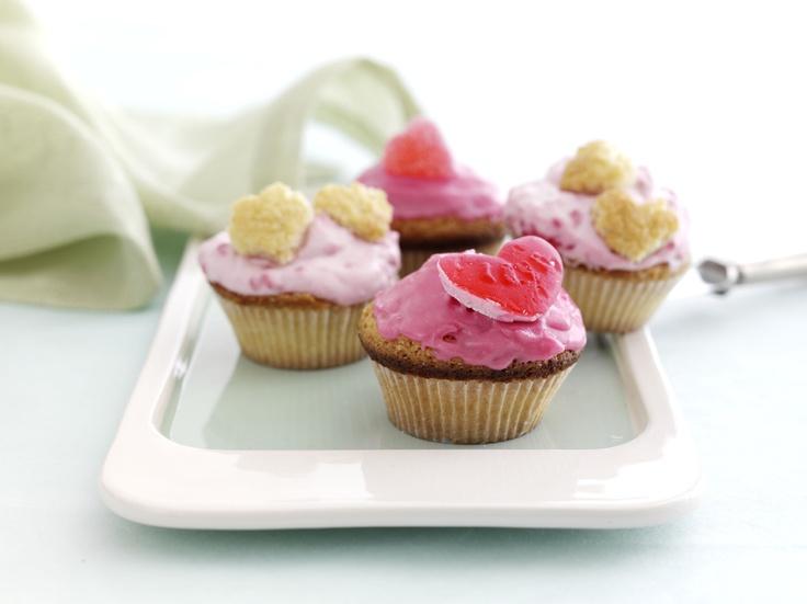Vaaleanpunaiset muffinit: http://www.dansukker.fi/fi/resepteja/vaaleanpunaiset-muffinit.aspx Helppo ja nopea herkku, jolla yllätät ystäväsi iloisesti. #muffinit #reseptit