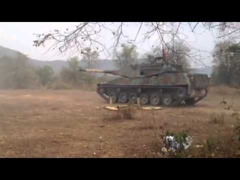 Thai Army Stingray Tank with different types of camouflage scheme with video inside turret firing main gun   thaimilitaryandasianregion