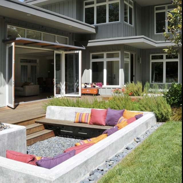 Chic outdoor seating: Idea, Outdoor Seats, Seats Area,  Terraces, Patio, Backyard, Outdoor Spaces, Firepit, Fire Pit