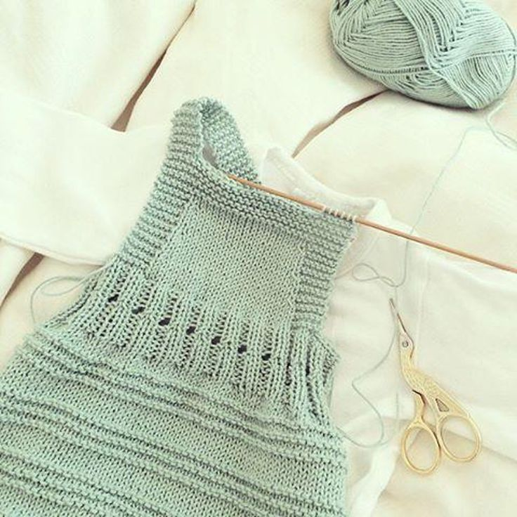 Billie Baby Romper Knitting pattern by Sofie Bovbjerg. Find more baby patterns and inspiration at LoveKnitting.Com!