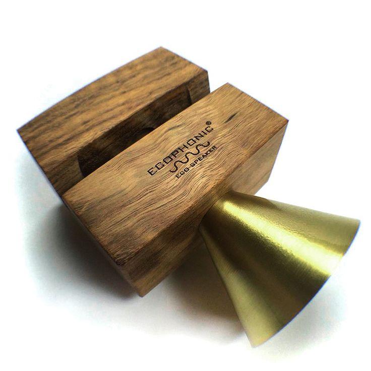 #Altavoz Retro con madera de mongoy.  Vuelve con este original regalo al sonido de los 50