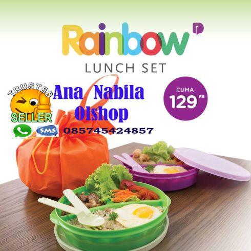 Rainbow Lunch set teman bekal yang paling kece. 3 warna menarik yang bisa kamu gunakan bergantian/cocok untuk siapa aja baik itu teman/keluarga 😀  Setiap lunch box memiliki separasi/pemisah menjadi 3 bagian agar makanan tidak tercampur satu sama lain. Dapat sendok dan BONUS Lunch Bag. Tutup yang rapat menjadikan bekal aman untuk dibawa. Tas cukup untuk diisi 2 lunch box atau 1 lunch box + 1 botol minum.  Harga 129 ribu  Pemesanan : WA = 085745424857  http://wp.me/p5g2aX-rE