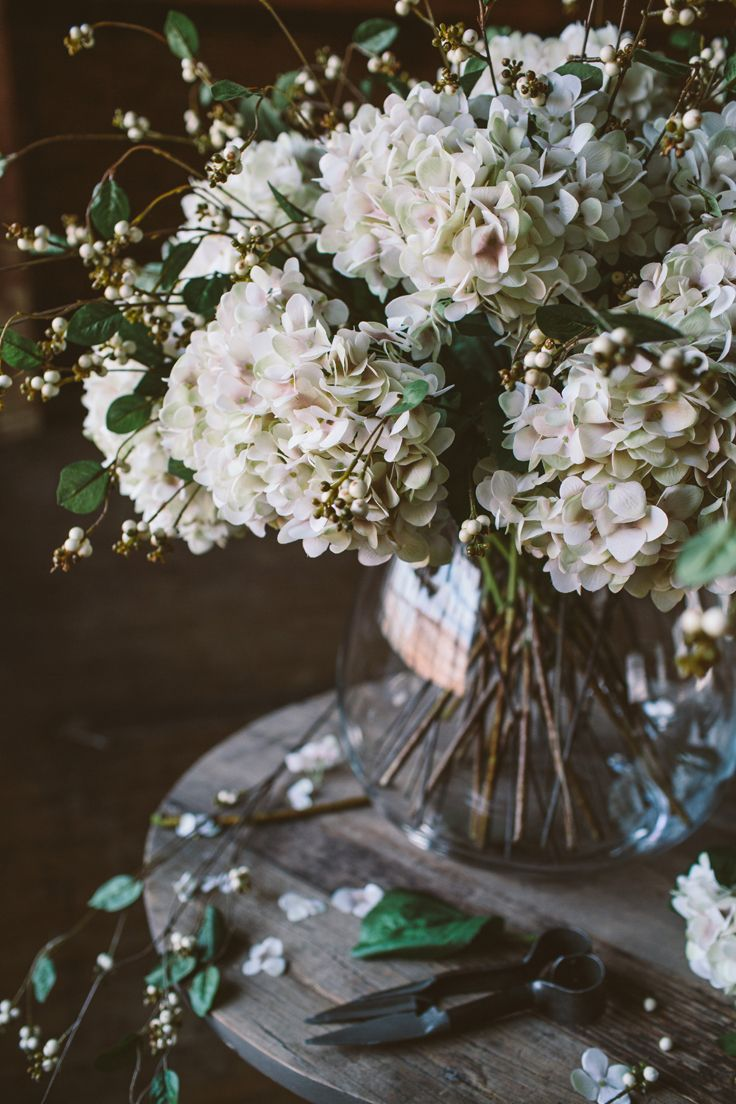 Blush hydrangea & Snow Berries | The Olive Tree Shop