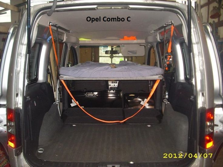 Schlafen im Opel Combo C (Bj. 2001 - 2011) | Bequem im Auto übernachten mit Auto-Himmelbett.de ...