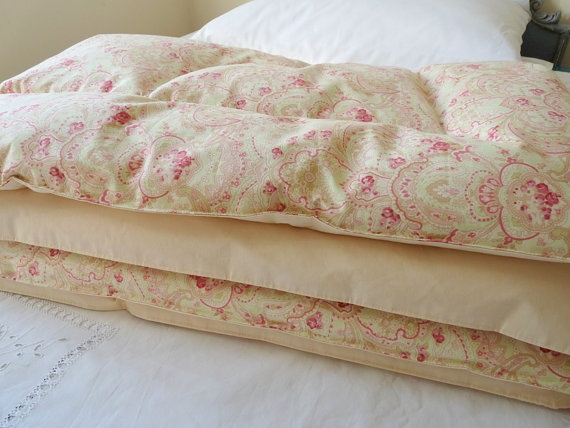 63 best Eiderdowns images on Pinterest | Home, Cushions and Dreams : old fashioned quilted eiderdowns - Adamdwight.com