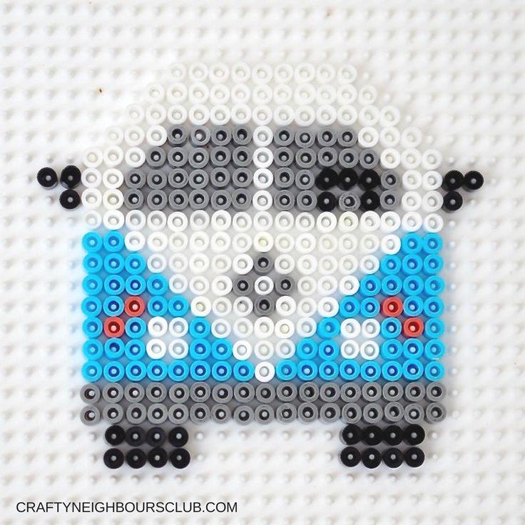 Ein DIY mit Bügelperlen! Wir zeigen euch, wie ihr einen VW Bulli ganz leicht als DIY verschenken könnt, auf craftyneighboursclub.com