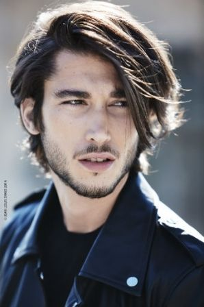 17 Best ideas about Coiffure Cheveux Long Homme on Pinterest ...