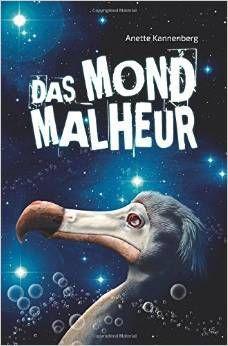 Das Mondmalheuer (c) Anette Kannenberg Das Mondmalheur war ein humorvolles und kurzweiliges Buch, dass nicht einfach nur Science-Fiction ist. Im Gegenteil, mich hat das Buch nicht so sehr daran erinnert, sondern war eher auch Komödie und Satire. Ein Herz Abzug gibt es für den kurzen Dämpfer von Teil eins zu zwei und dem recht klischeehaften machtgeilen Millionenkonzern und Politiker, der aber trotzdem passt und auch eher mit Humor zu sehen ist. – Henning Siedenbiedel