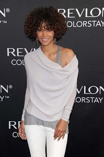 Halle Berry style spotlight - love this look with layered neutrals!