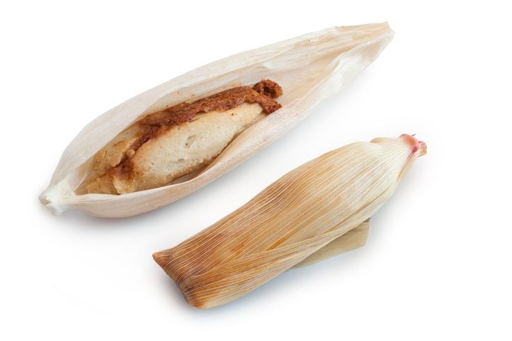 Tamales de chicharrón – Tamales Emporio Tamal de chicharrón prensado en salsa de chile guajillo.