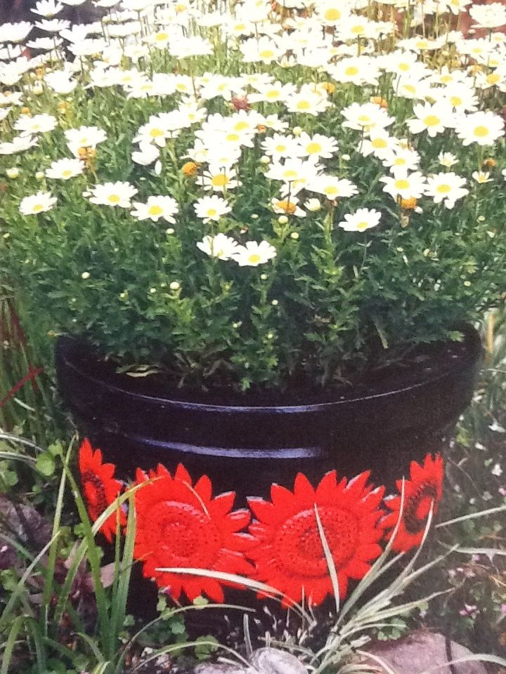 red daisy painted pot by blueangel blue angel pinterest red