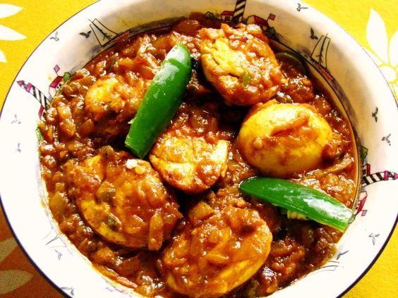Toevoegen aan mijn receptenEi masala is één van de bekendste gerechten uit Suriname. Het is een gefrituurd ei in een heerlijke saus. Maar het met dit recept heel eenvoudig zelf klaar. Tip: Eet dit gerecht op een broodje of als bijgerecht.