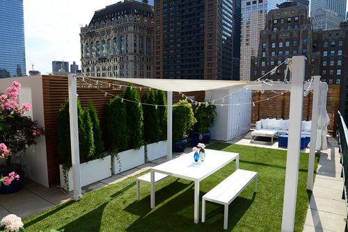 Simplemente grandioso este diseño newyorkino #cespedartificialaticos #cespedaticos #cespedsinteticoaticos