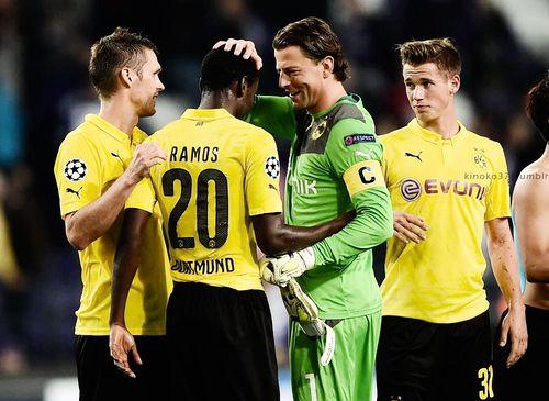 Erik Durm, Roman Weidenfeller und Adrian Ramos mit Borussia Dortmund gegen Anderlecht im Champions League (part. 12) #erikdurm #durm #37 #bvb #welmeister #cute #championsleague #champions #ramos #weidenfeller