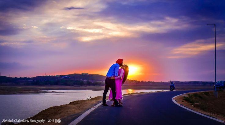💝 Photo by Wedding Photography Ranchi, Ranchi #weddingnet#wedding #india #indian #indianwedding#weddingdresses#lehengasaree #saree #bridalsaree#weddingsaree#indianweddingoutfits #outfits #couple #sky#mountains #catched