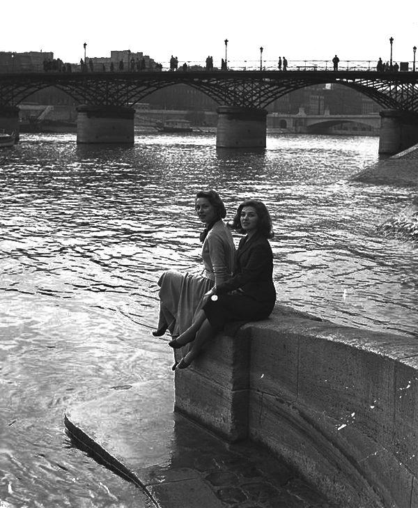 Paris 1950s Photo: Izis