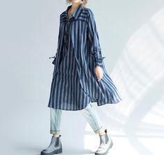 vrouwen loszittende lange katoenen shirt blauw shirt door MaLieb